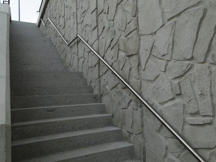 Pasamanos escalera Calle Jardines Salamanca